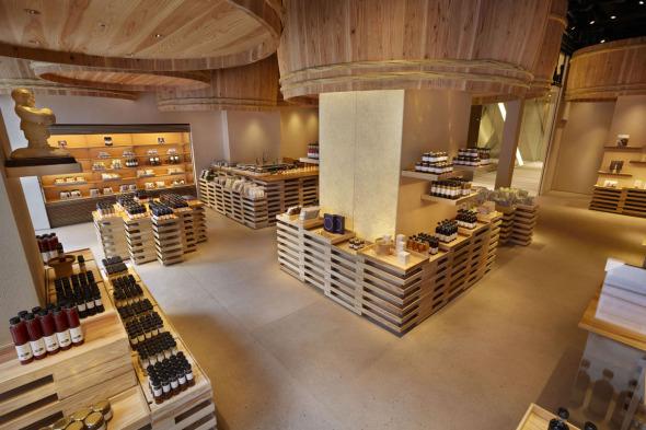 Almacén de madera de Kengo Kuma