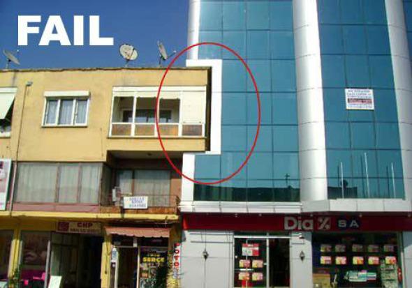 Humor en la Arquitectura, El punto que encaje con el Entorno.