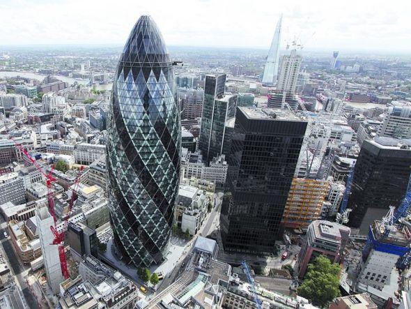 Los arquitectos trofeo gozan de privilegios para construir