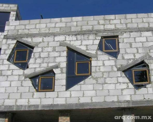 Humor en la Arquitectura. Ventanas abstractas