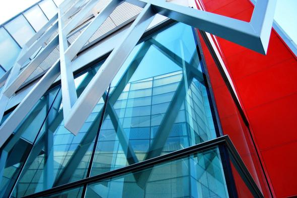 Juan Navarro, el creador de Invisible, gana el Nacional de Arquitectura