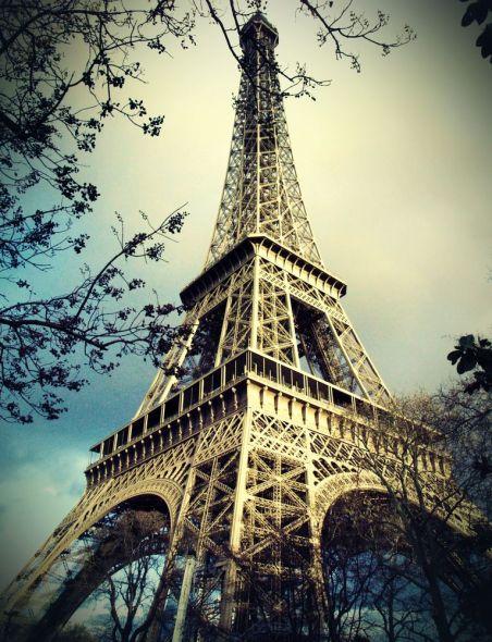 Ingeniero y constructor de la famosa torre Eiffel murió un día como hoy