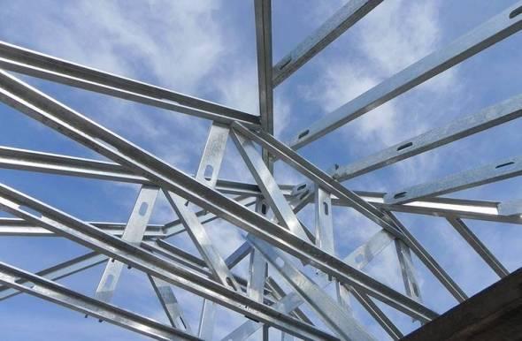 Cómo se conforma un techo en Steel Frame