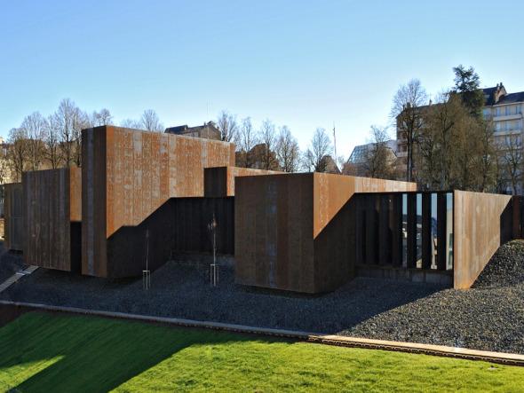 Museo con ritmo en las fachadas