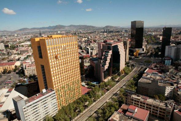 Javier Sordo Madaleno y Teodoro González debaten sobre la arquitectura del Distrito Federal