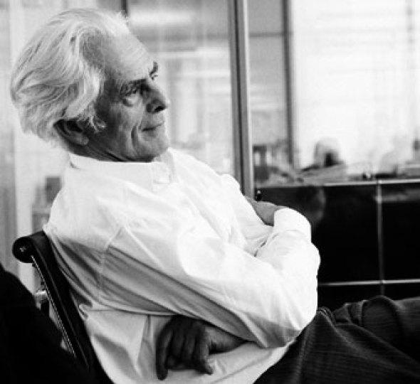 El arquitecto se encuentra solo, y tiene que buscar su propia ética. Frei Otto