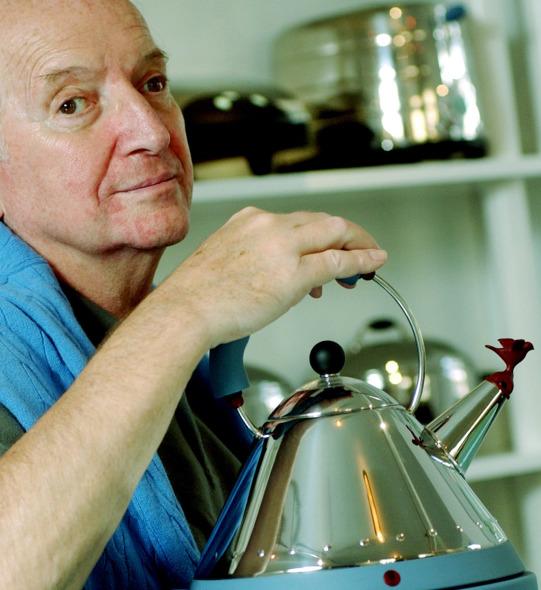 Michael Graves, arquitecto de edificios y de teteras