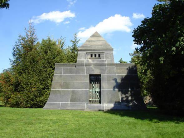 Cementerio Graceland, el cementerio de los arquitectos