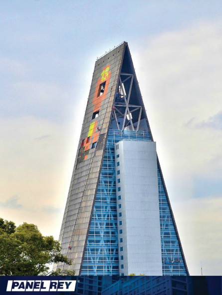 Panel Rey colabora en el segundo edificio más alto de México