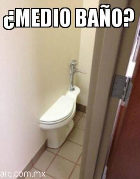Humor en la arquitectura. Medio Baño