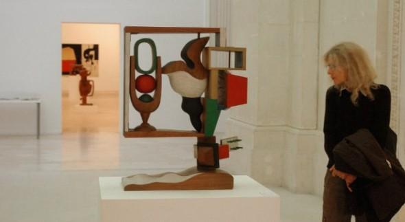 Escultura de Le Corbusier logra récord de venta en subasta