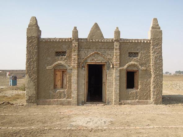 Nueva visión de la arquitectura en Pakistán. Proyectos caseros de tierra