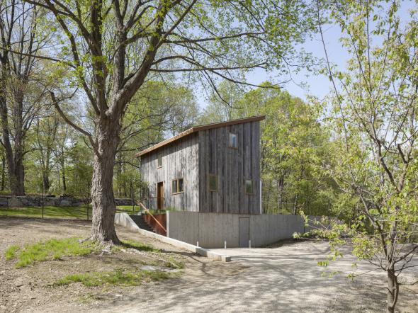 Casa Geotérmica de Retiro que trae el mundo natural hacia el interior