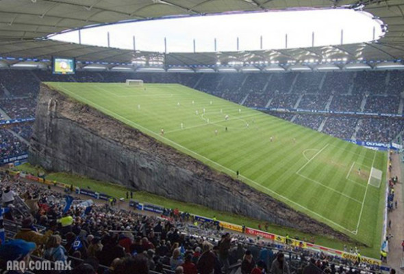 Humor en la arquitectura. Estadio de fútbol