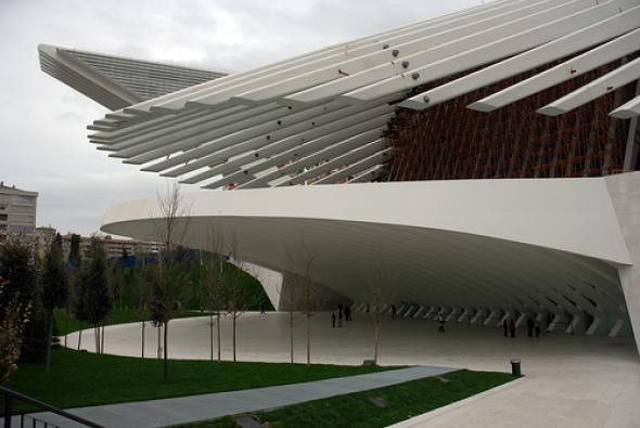 a pagar tres millones de euros a los gestores del palacio de y congresos de oviedo por los fallos del edificio calatrava reclamaba