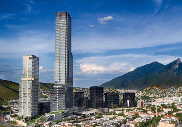 La torre más alta de México está en Monterrey