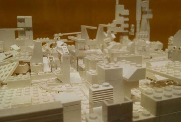 Homenaje a Mathias Goeritz. La arquitectura es un juego con lego