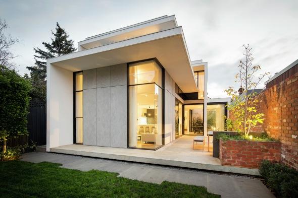 Reforma de casa contemporánea, elegante y llamativa