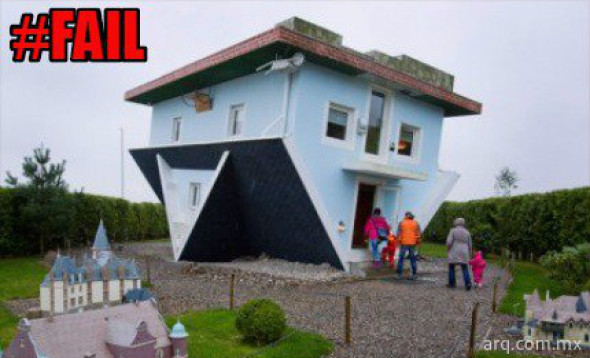Humor en la arquitectura. Casa al revés