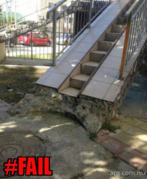 Humor en la arquitectura. Escalera rampa
