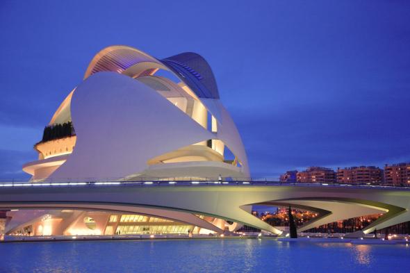 El estudio de Calatrava termina la restauración de la cubierta del Palau de les Arts