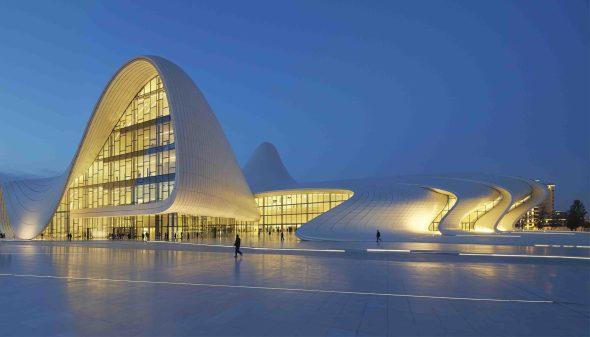 Curvas blancas de zaha hadid noticias de arquitectura for Arquitectura zaha hadid