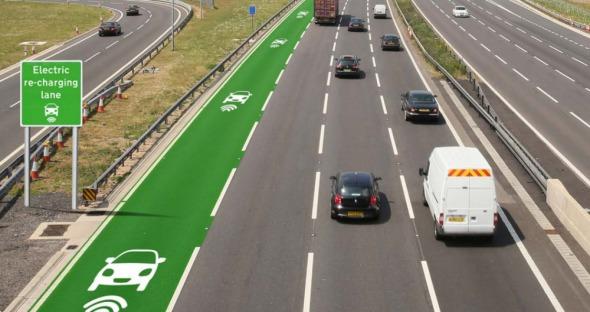 Diseñan carreteras que pueden cargar auto eléctricos andando