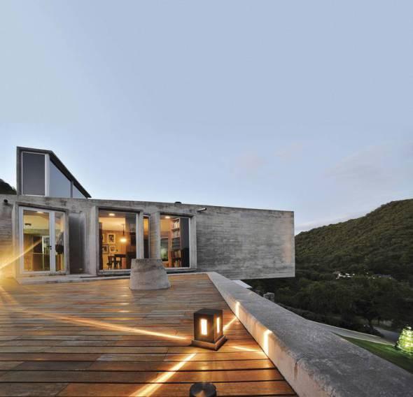 Casa con periscopios de concreto