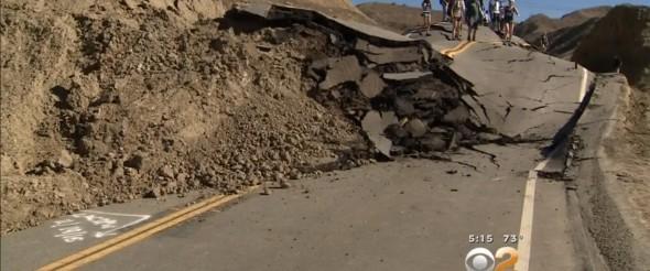 Repentino y misterioso levantamiento en carretera de California