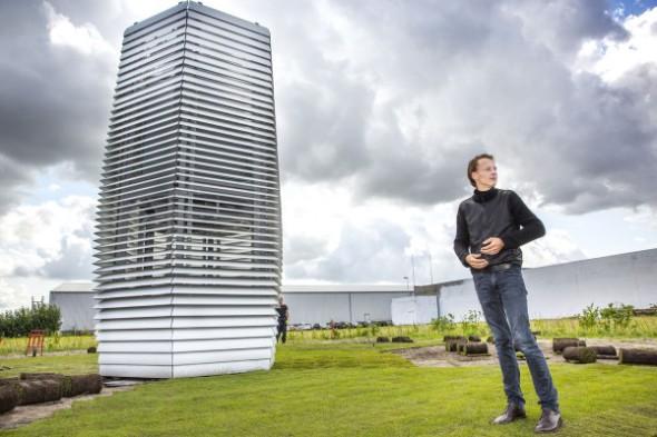 Arquitecto holandés asegura que puede limpiar el aire de China y México