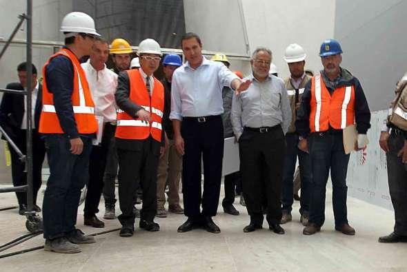 Ante retrasos en la obra Toyo Ito visita construcción de Museo Barroco