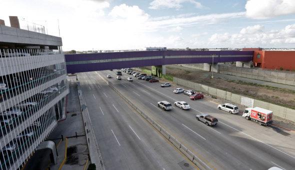 El puente que une fronteras de Ricardo Legorreta