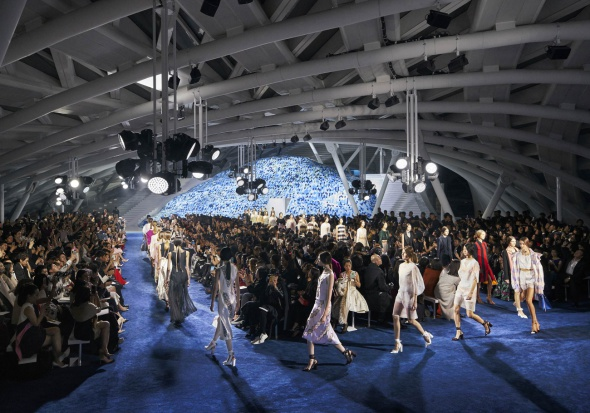 Apertura de mega local comercial de Dior en China