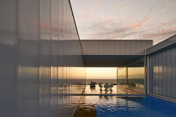 La casa m s extra a y premiada de los ultimos a os for Arquitectura ergonomica