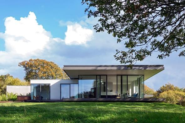 Casa Keeper y Alojamiento separados por un jardín