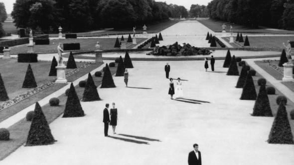 Películas Magníficas que Usan la Arquitectura de Forma Brillante IV: Último año en Marienbad