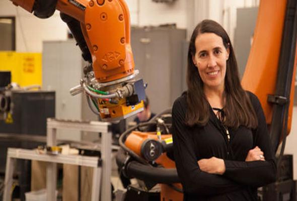 La arquitecta venezolana que doma robots para construir en EUA