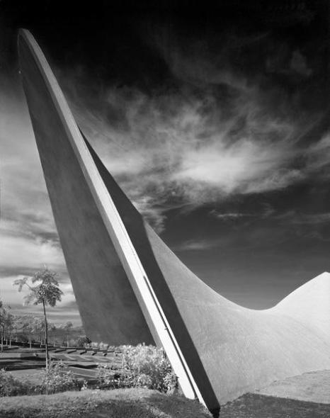 Enorgullece a arquitecto ser distinguido con Medalla Bellas Artes