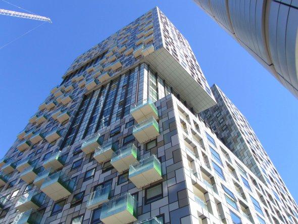 Premian al edificio más feo del mundo dicen que es una invitación al suicidio