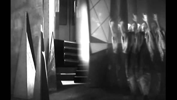 Películas Magníficas que Usan la Arquitectura de Forma Brillante IX: La chute de la maison Usher (1928)
