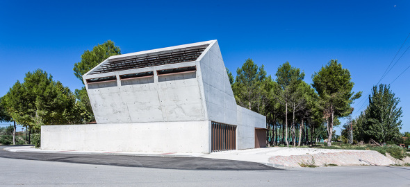 Espacios muertos: cómo la arquitectura nos ayuda a repensar nuestra relación con el más allá
