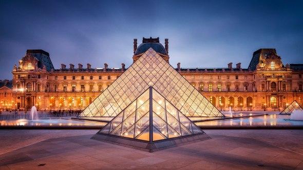 La Pirámide del Louvre, galardonada con uno de los premios más prestigiosos
