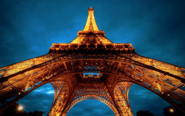 ¿Por qué la Torre Eiffel tiene la forma que tiene?