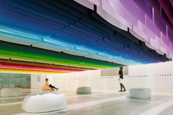 El arquitecto que juega con los colores y el tiempo