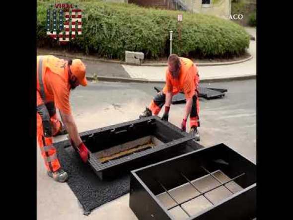 Trabajadores instalan tapa de registro en minutos