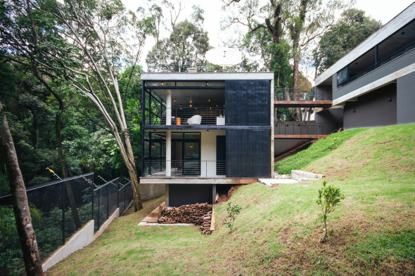 Casa para sumergirse en el bosque
