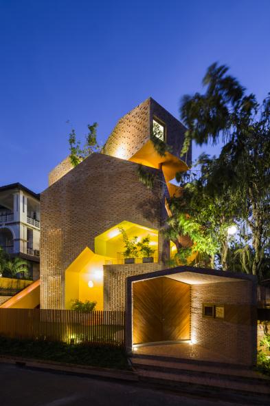 Casa transformada en jardín de niños