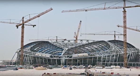 En construcción, estadios para el mundial de Qatar 2022 (Time-lapse)