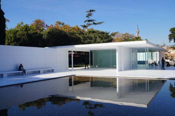 El pabellón alemán de Mies van Der Rohe sin muros de mármol
